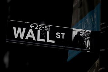 WallStreet termine sur une note contrastée après une semaine agitée)