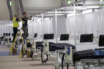 Un vaste hôpital de campagne ouvre à Londres