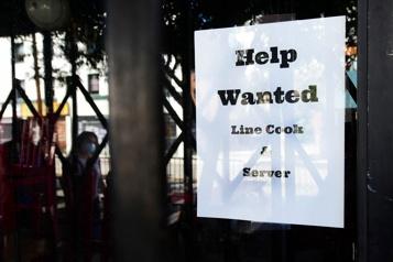 Les inscriptions au chômage en dents de scie aux États-Unis)