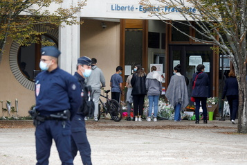 Enseignant décapité en France Les mouvements islamistes radicaux en ligne de mire)