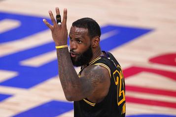 Finale de la NBA Les Lakers remportent le deuxième match )