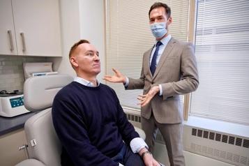Aux États-Unis, l'ère Zoom booste la chirurgie esthétique)