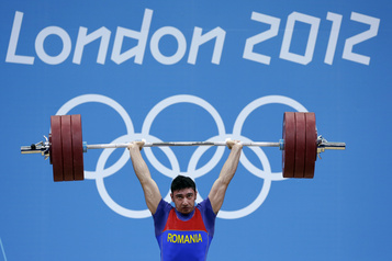 Dopage à Londres Le CIO disqualifie trois haltérophiles roumains, dont deux médaillés)