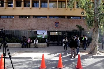 Au Mexique, un élève tue sa professeure et se suicide