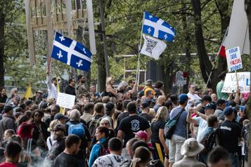 Manifestation contre les mesures sanitaires à Montréal)