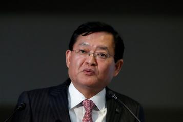 Le directeur général de Toshiba démissionne)