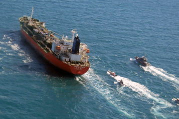 L'Iran appelle à ne pas politiser l'arraisonnement du navire sud-coréen)