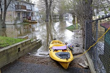 Gatineau se prépare à de possibles inondations)