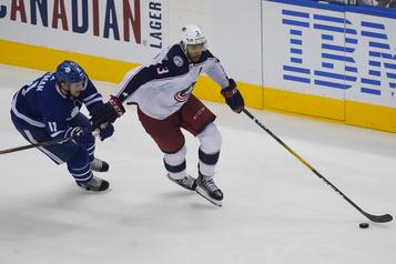 Les Blue Jackets éliminent les Maple Leafs)