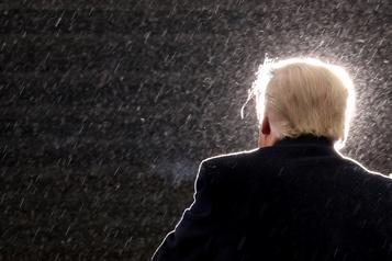 Radio publique Voice of America craint l'interférence de l'administration Trump)