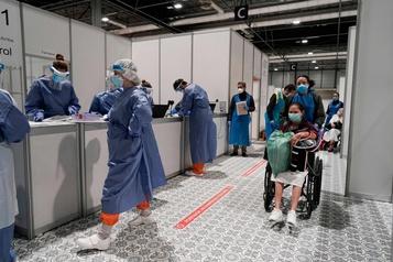 Espagne: rebond du nombre de morts, mais l'épidémie ralentit