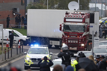 Camion charnier en Angleterre: le chauffeur plaide coupable d'homicides involontaires