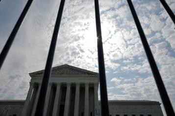 Choc politique en vue autour de la Cour suprême des États-Unis)