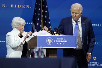 Impact économique de la COVID-19 Biden exhorte le Congrès à voter un plan de soutien «robuste»)