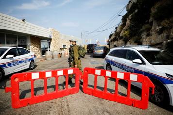 COVID-19 Israël ferme ses frontières avec la Jordanie et l'Égypte)