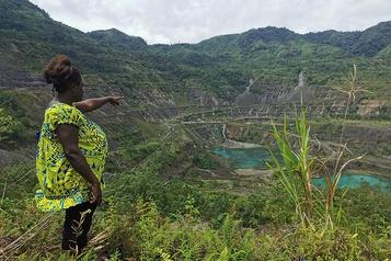 Papouasie–Nouvelle-Guinée Rio Tinto dans la tourmente pour la pollution générée par la mine de Panguna)