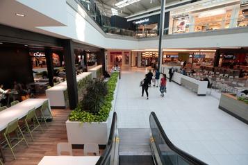 Centres commerciaux: moins de proximité que dans la rue, promet-on)