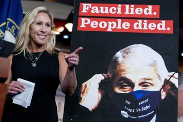 Des républicains exigent le renvoi du conseiller médical Anthony Fauci)