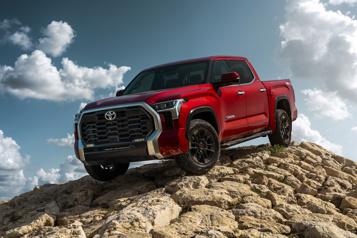 Toyota Le Tundra largue le V8 et s'offre une version hybride)