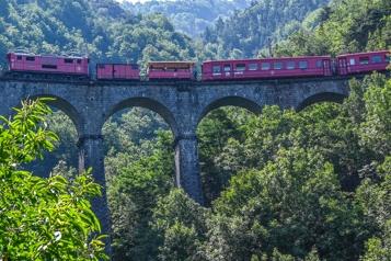 Isère Réouverture au public d'un train touristique après 11ans de fermeture)