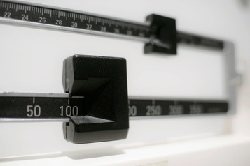 Sous-alimentation et obésité, les deux visages de la malnutrition