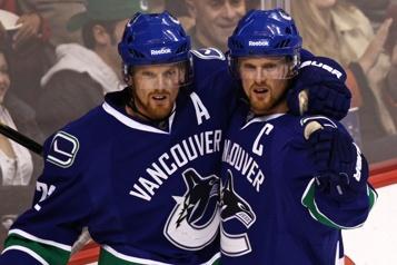 Canucks de Vancouver Henrik et Daniel Sedin nommés conseillers du directeur général)