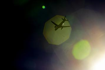 Le trafic aérien toujours affecté par la pandémie)