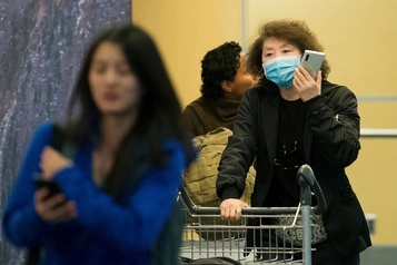 Coronavirus: tests négatifs pour quatre voyageurs au Québec