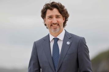 Sommet du G7 Justin Trudeau précisera dimanche son plan pour le don de doses de vaccin)