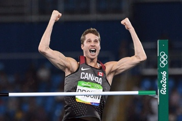 Saut en hauteur Derek Drouin se retire des essais olympiques)
