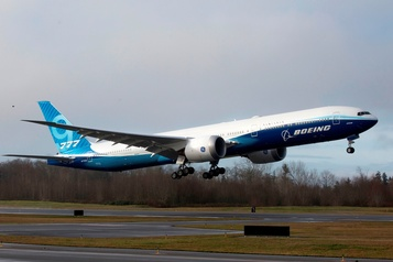 Premier vol du Boeing777X après une si longue attente