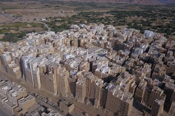 Yémen Le «Manhattan du désert» épargné par la guerre, menacé par les pluies)
