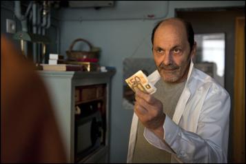 L'acteur Jean-Pierre Bacri meurt d'un cancer)