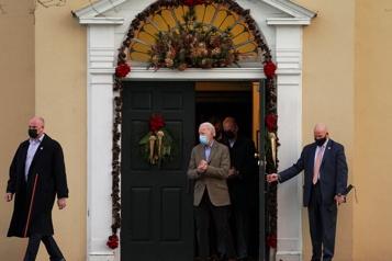 Joe Biden invite républicains et démocrates à l'église avant son investiture)
