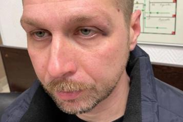 Russie Moscou veut interdire les ONG d'Alexeï Navalny, la prison pour un caméraman)