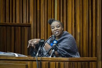 Ex-policière tueuse en série familiale: le procès qui captive l'Afrique du Sud)