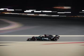 Grand Prix de Sakhir George Russell devant pour ses premiers essais avec Mercedes)
