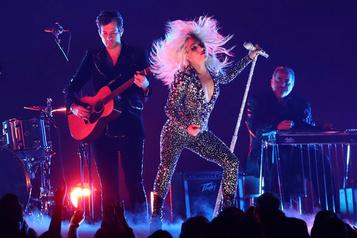 Lady Gaga: la reine de la piste de danse est de retour ★★★★)