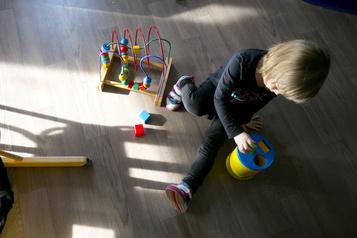 Fréquentation scolaire des enfants autistes  Des parents «à bout de souffle»)