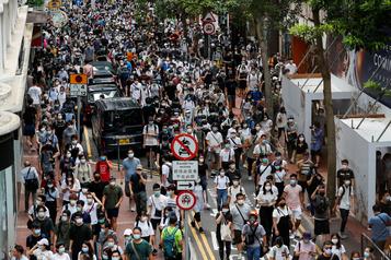 Pékin accuse le Royaume-Uni d'«ingérence grossière» sur Hong Kong)