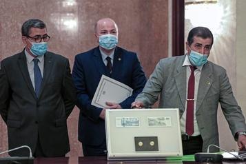 L'Algérie attend des excuses de la France pour son passé colonial)