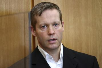 Allemagne: un néo-nazi avoue avoir tué un élu régional)