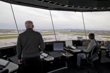 Transport aérien La reprise menacée par les mises à pied de contrôleurs)