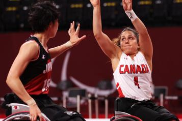Basketball en fauteuil roulant Les Canadiennes se classent cinquièmes à nouveau)