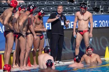 Qualifications en water-polo Une victoire d'entrée de jeu pour les Canadiens)
