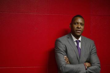 Raptors de Toronto Masai Ujiri devient vice-président de l'équipe)