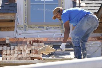 Logements neufs  Les mises en chantier repartent à la baisse en septembre aux États-Unis
