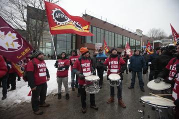 Phénix: le syndicat des fonctionnaires pourrait poursuivre Ottawa)