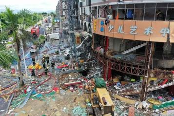 Chine Le bilan de l'explosion de gaz à Shiyan passe à 25 morts)