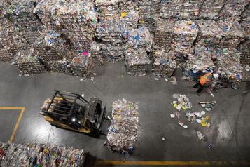 L'industrie québécoise du recyclage reprend  du poil de la bête